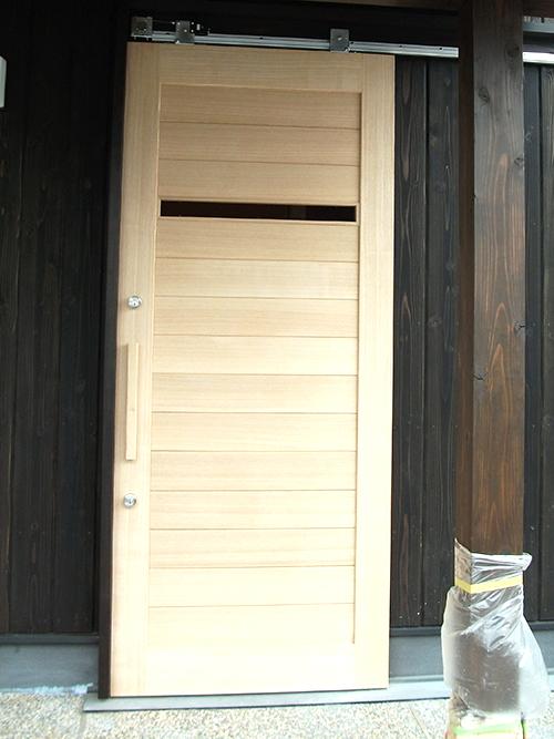 玄関上吊り戸(無垢)