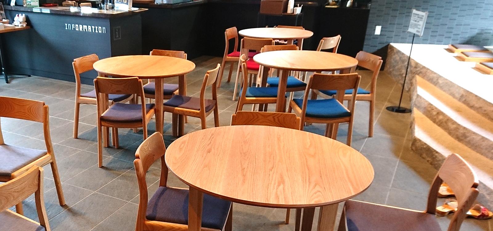 テーブルと椅子の制作実績